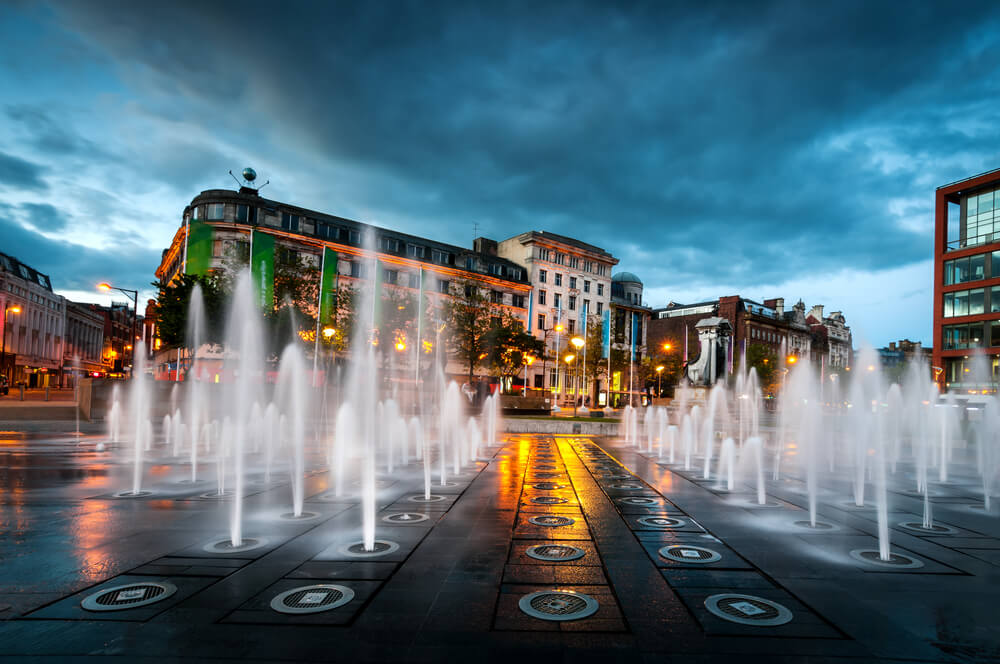Fountains at Piccadilly garden in Manchester city center
