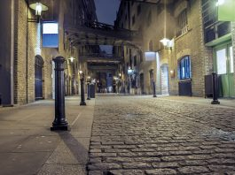 Old streets of London